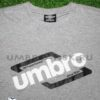 Серая футболка Umbro Graphic Tee 64101U эмблема