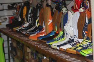 Ассортимент футбольной обуви